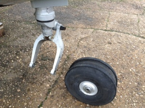 The nose wheel removed, as if butter wouldn't melt......