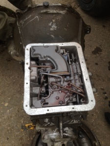 Terry's automatic gearbox stripped for inspection, everything looked perfect!